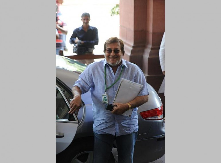 Why Vinod Khanna's Right To Privacy Must Be Respected And Protected