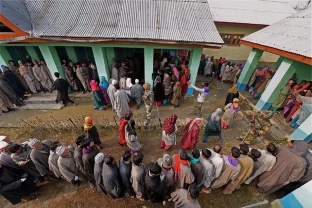 Srinagar Defies Poll History, Witnesses Lowest Ever Poll Percentage At 7%