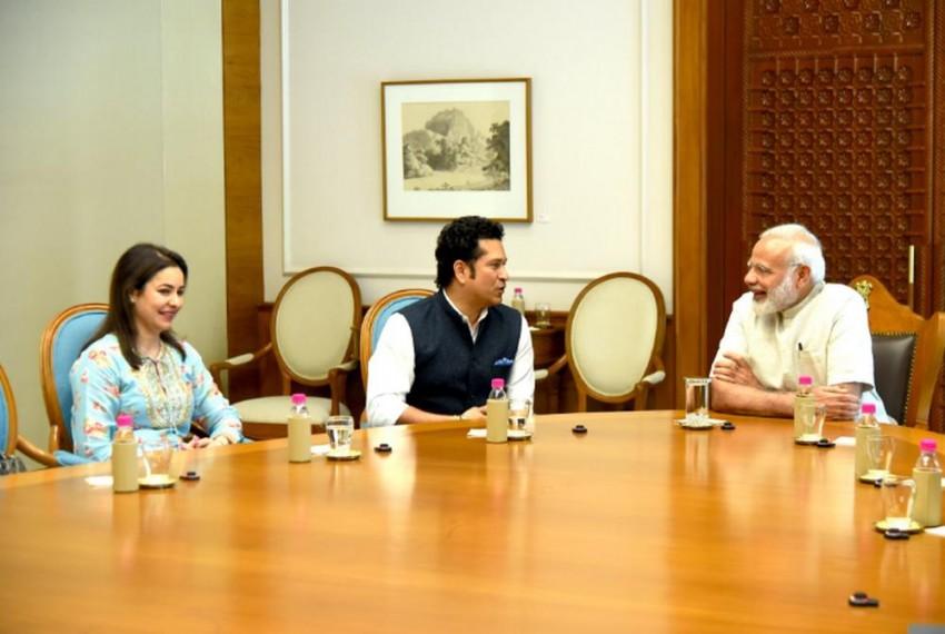 Sachin Tendulkar Meets PM Narendra Modi, Briefs Him About Upcoming Biopic