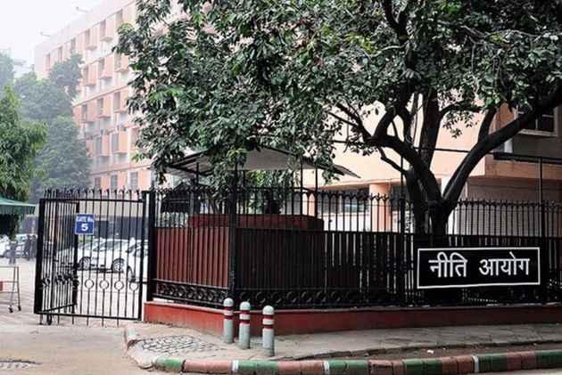 Modi Govt Should Rethink NITI Aayog's existence: RSS Trade Union BMS