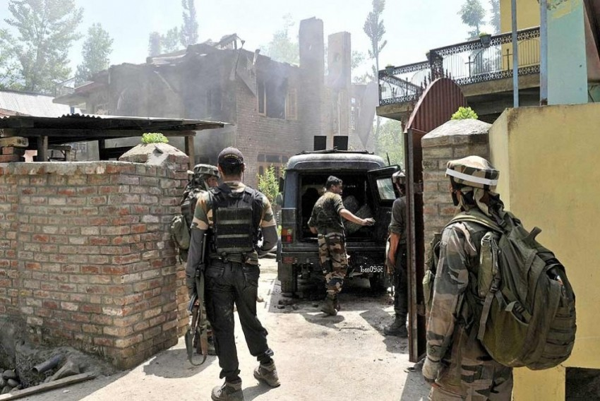 J&K: Two Militants, Accused Of Yesterday's Grenade Attack, Killed In Sopore Encounter