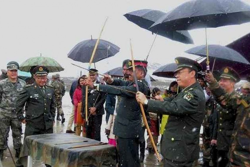 China Protests Indian Troops 'Crossing Boundary', Links Kailash Yatra to Standoff