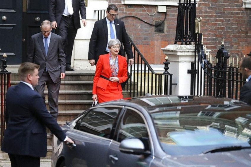 UK Elections 2017: Theresa may Go Into Brexit Negotiations A Diminished Person