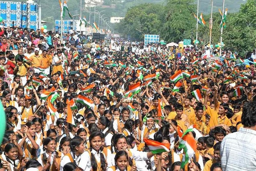 'Vande Mataram' Must Be Sung In Schools At Least Once a Week, Says Madras High Court