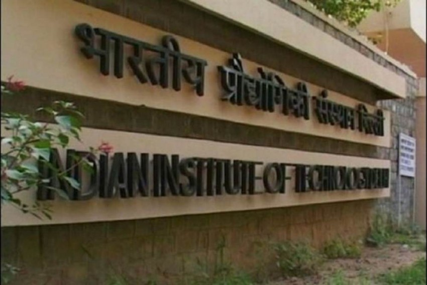 Centre to Soon Provide Monthly Fellowship of Rs 70,000 for IIT, IISc PhD Researchers