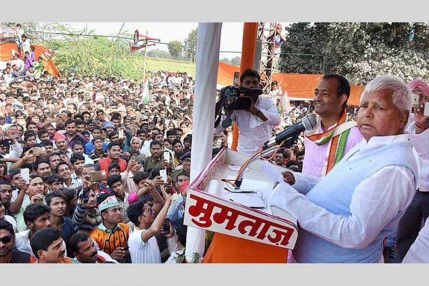 Mamata, Akhilesh, Sharad Yadav Come Together For Lalu's  'BJP Bhagao Desh Bachao' Rally