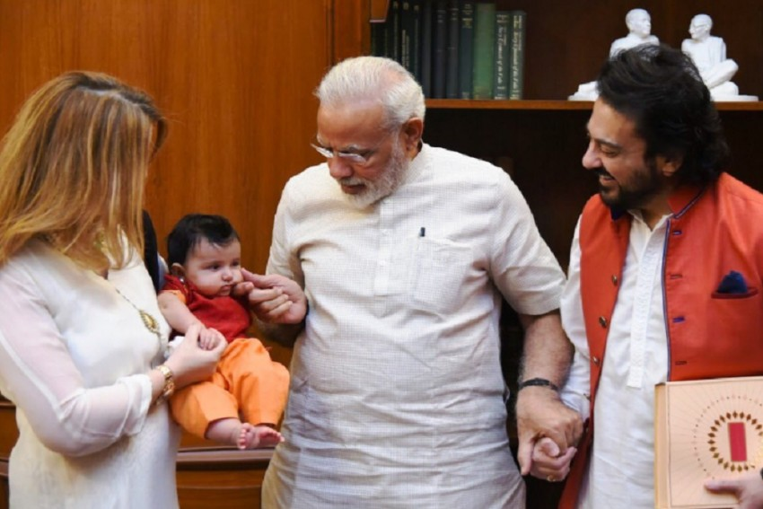 Singer, Composer Adnan Sami Meets PM Modi Along With His Family, Shares Pictures On Twitter