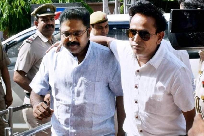 Tamil Nadu: 18 MLAs Backing T.T.V. Dhinakaran Disqualified