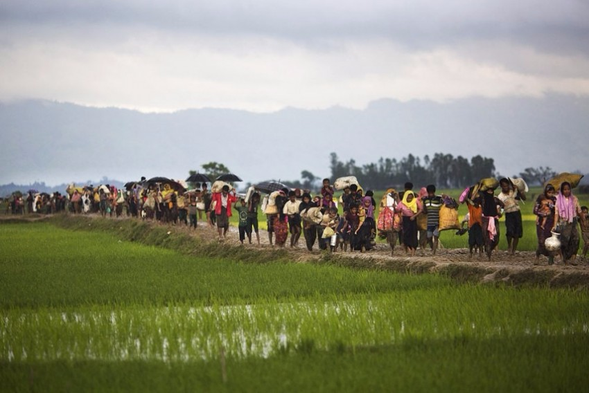 Thousands More Flee Myanmar By Land, Sea As Rohingya Refugee Crisis Deepens