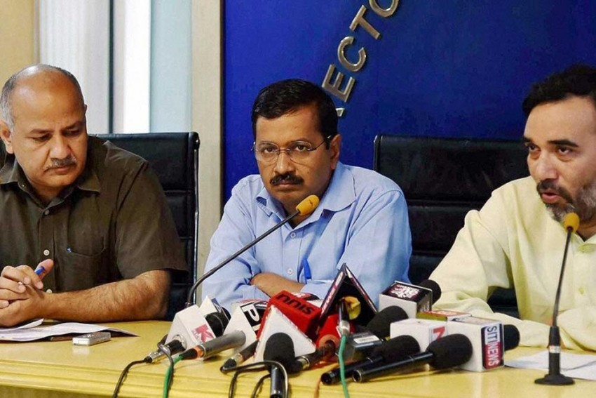 AAP Decides To Contest Gujarat Assembly Polls, Road Show In Ahmedabad On September 17