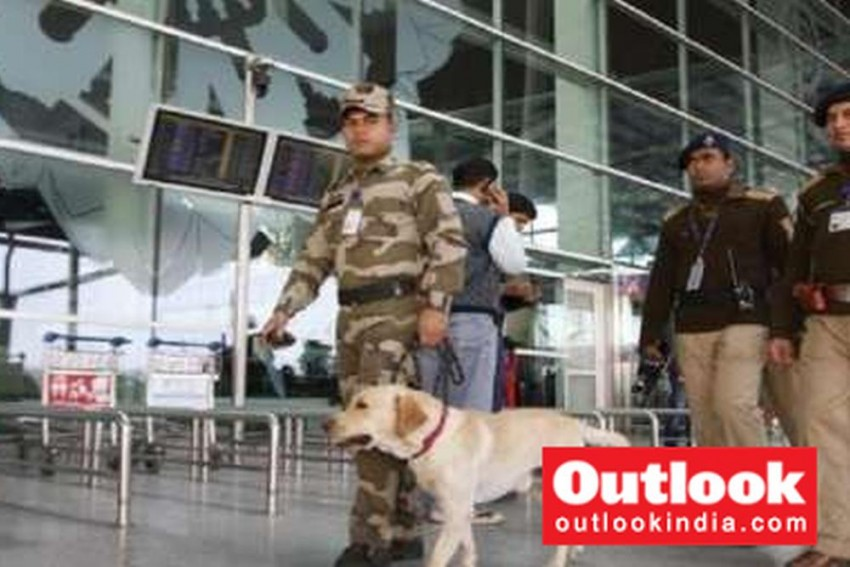 Suspicious Power Banks: Aviation Body Seeks NIA, IB Probe After Incidents At Delhi, Mangalore Airports
