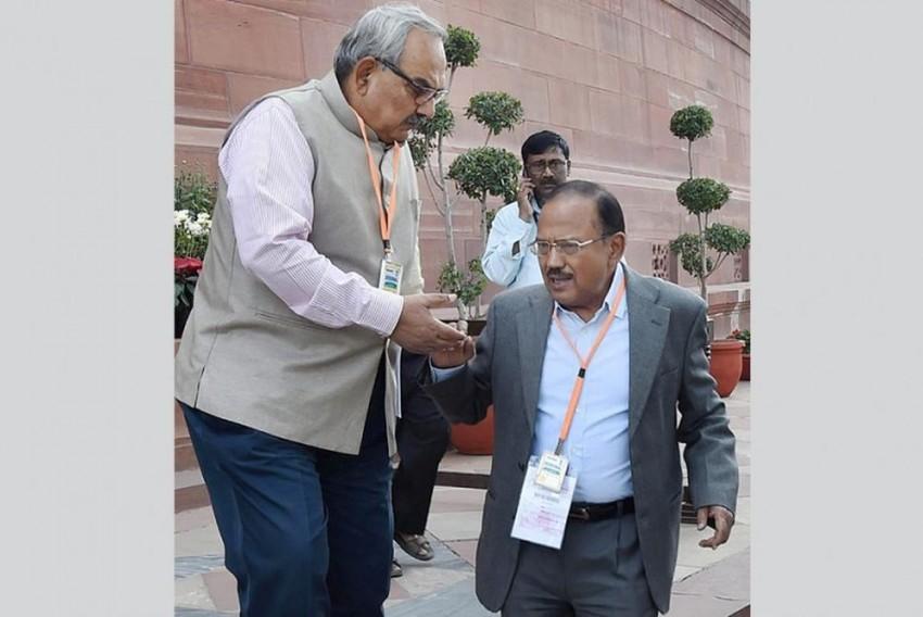 Former Home Secretary Rajiv Mehrishi To Take Over As CAG Tomorrow