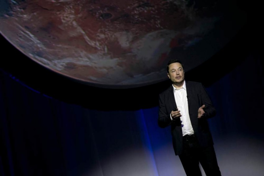 SpaceX's Elon Musk Unveils Plan To Reach Mars By 2022