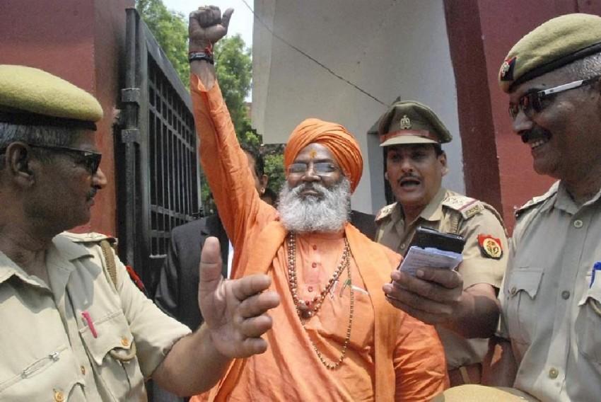 Prashant Bhushan's Party Worker Files Police Complaint Against Sakshi Maharaj For 'Inciting Violence After Ram Rahim Rape Conviction'