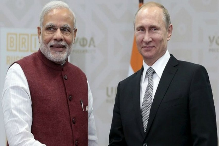BRICS Summit: PM Modi, Russian President Putin Vow To Boost Cooperation In Oil, Natural Gas Sector