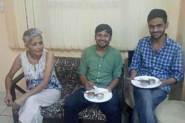 Gauri Lankesh's 'Adopted Children' Jignesh Mevani, Kanhaiya, Shehla Rashid, Umar Khalid Express Shock On Social Media