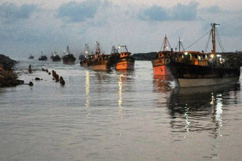 BSF Arrests 3 Pakistani Fishermen, Seize 14 Boats In Gujarat's Kutch