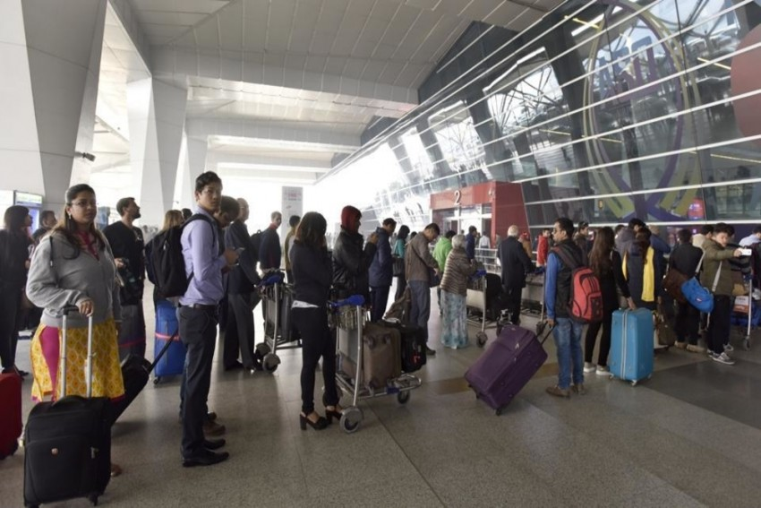 Fog Disrupts Delhi Airport Operations On New Year's Day, Passengers Stuck