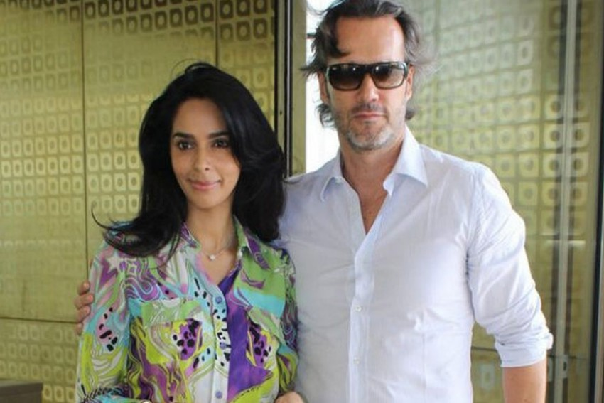 Actress Mallika Sherawat, Husband Evicted From Paris Flat
