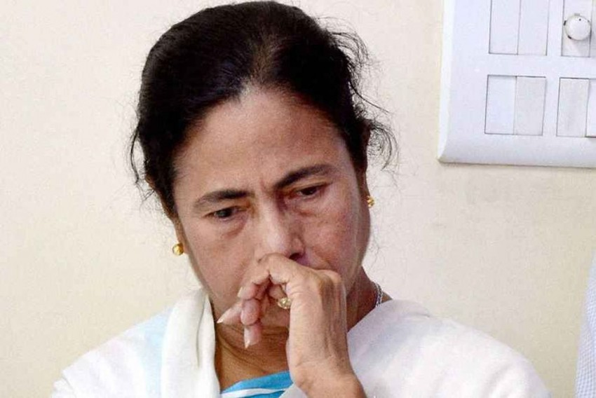 When Told About Cutlery Thieves On Flight Back, Livid Mamata Ordered To Purge 'Such Disreputable Elements' From Travel List