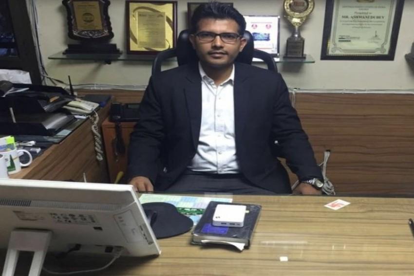 Meet Prashant Patel, Delhi-Based Advocate Who Took On 'PK', Kanhaiya Kumar And 21 AAP MLAs