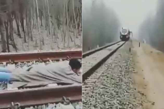 Video Of Kashmiri Man's Rail Stunt Goes Viral, Omar Abdullah Calls It 'Stupidity', Others Demand Action