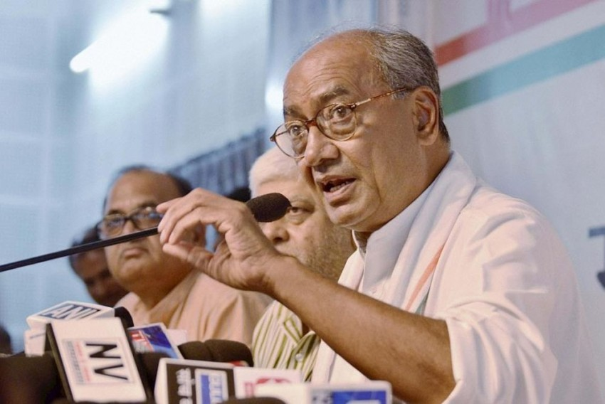 Padmaavat Row: Films Which Hurt Sentiments Of Religion Or Caste Shouldn't Be Made, Says Senior Congress Leader Digvijaya Singh