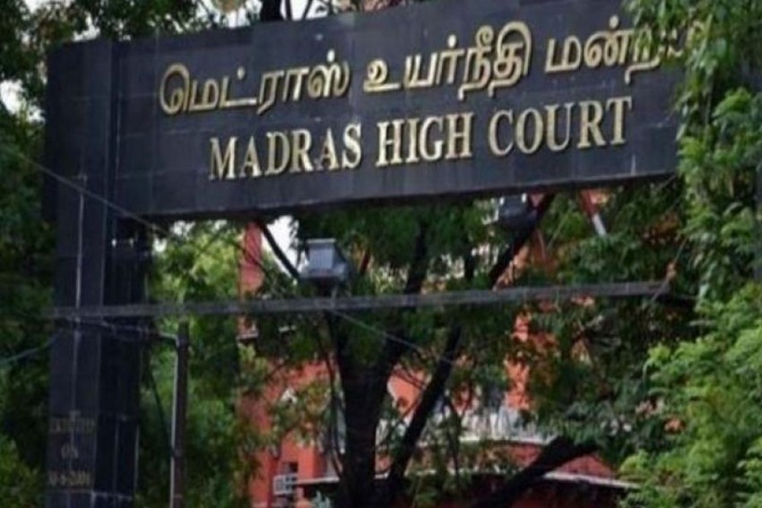 Madras High Court Fumes As 89-Year-Old Freedom Fighter Made To Struggle For Four Decades For Pension