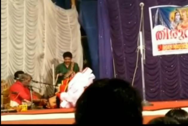 Kerala: Ottanthullal Artist Kalamandalam Geethanandan Collapses, Dies During Performance