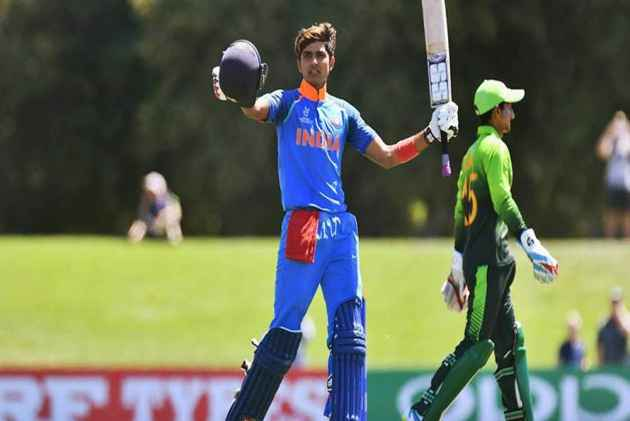 Flaunting A Red Handkerchief, Shubman Gill's Hot Streak With Bat Continues