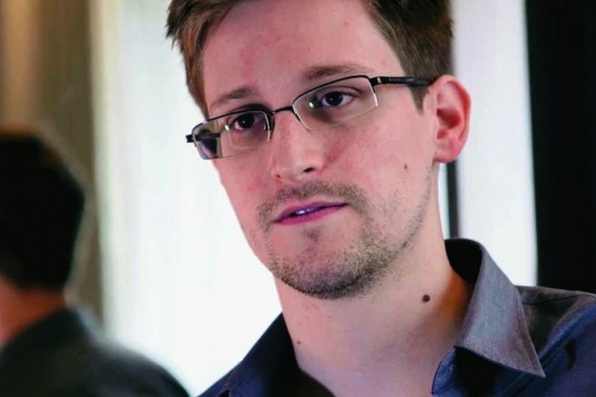 Natural Tendency Of Govts To 'Desire Perfect Records Of Private Lives', Says Edward Snowden On Aadhaar