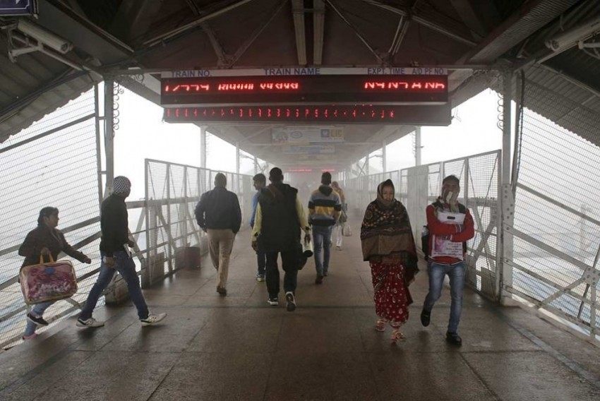 Cold Wave Prevails In Delhi, Operations At IGI Affected, Several Trains Cancelled