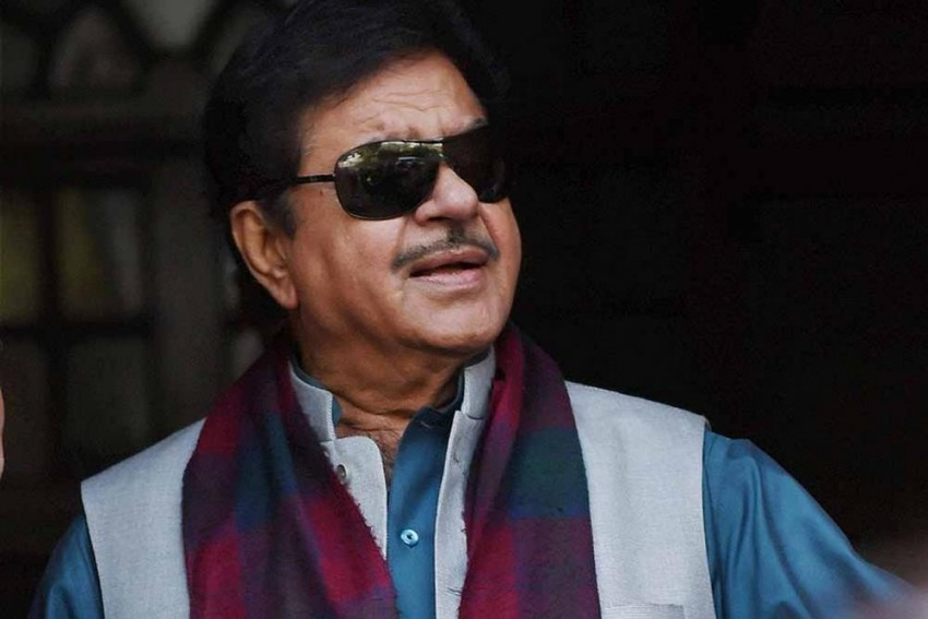 Are We Living In Banana Republic? Asks BJP MP Shatrughan Sinha After FIR Against Tribune Journalist