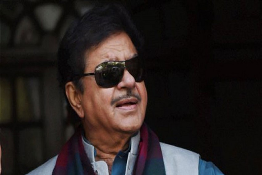 Civic Body Demolishes Illegal Extensions Of Shatrughan Sinha's Residential Building In Mumbai