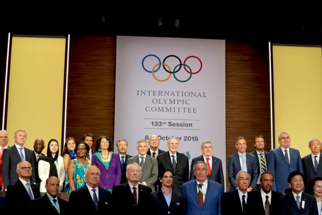 IOC Approves Refugee Olympic Team For Tokyo 2020