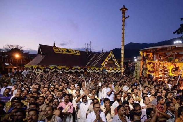 Sabarimala Row: Protest Against SC Verdict Continues; Congress, BJP Support Ayyappa Devotees