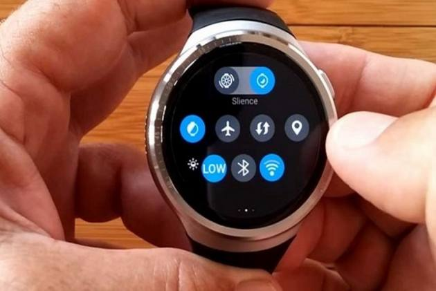 Govt Hikes Customs Duty On Mobile, Smart Watches By 10 Per Cent