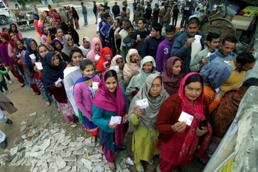 JK Civic Polls: In Third Phase, Turnout Remains Low In Valley