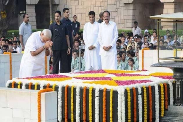 Mahatma Gandhi Remains A Shining Beacon Of Hope For Millions: Modi's Tribute To Bapu