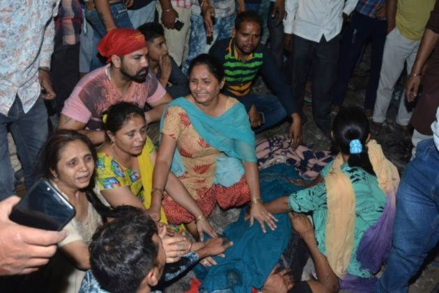 Bollywood Stars Express Shock Over Amritsar Train Accident, Call For More Safety