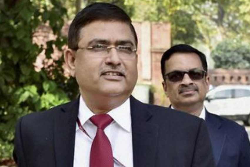 CBI Books Its Own Special Director Rakesh Asthana For Accepting Bribe