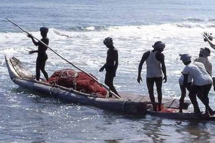 Pakistan Arrests 16 Indian Fishermen For Violating Maritime Boundary