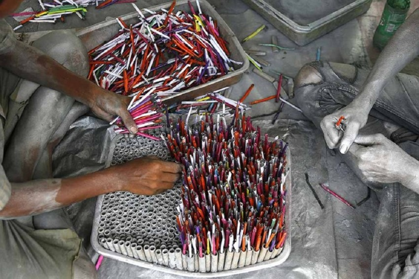 Environmentalists Said That There Is Nothing Like Green-Firecrackers