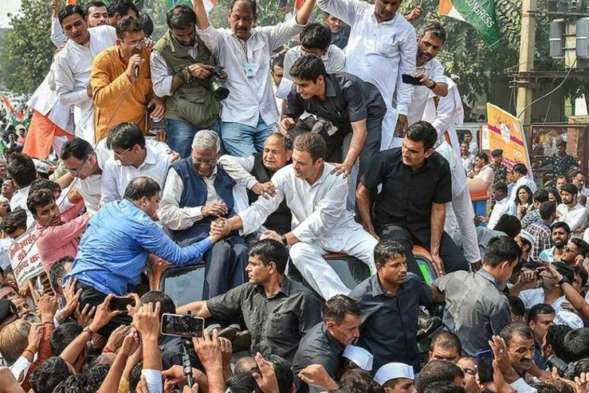 CBI Row: Congress Protests Nationwide Against Govt, Alleges Attempts To 'Cage' The Agency