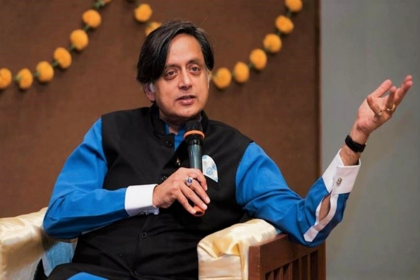 He Is A Man Of Great Eloquence Who Is Silent When Dalits Flogged, Muslims Killed: Shashi Tharoor On Narendra Modi