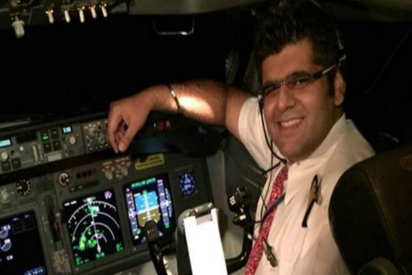 Delhi Man Bhavye Suneja Was Flying Lion Air Plane That Crashed With 188 On Board