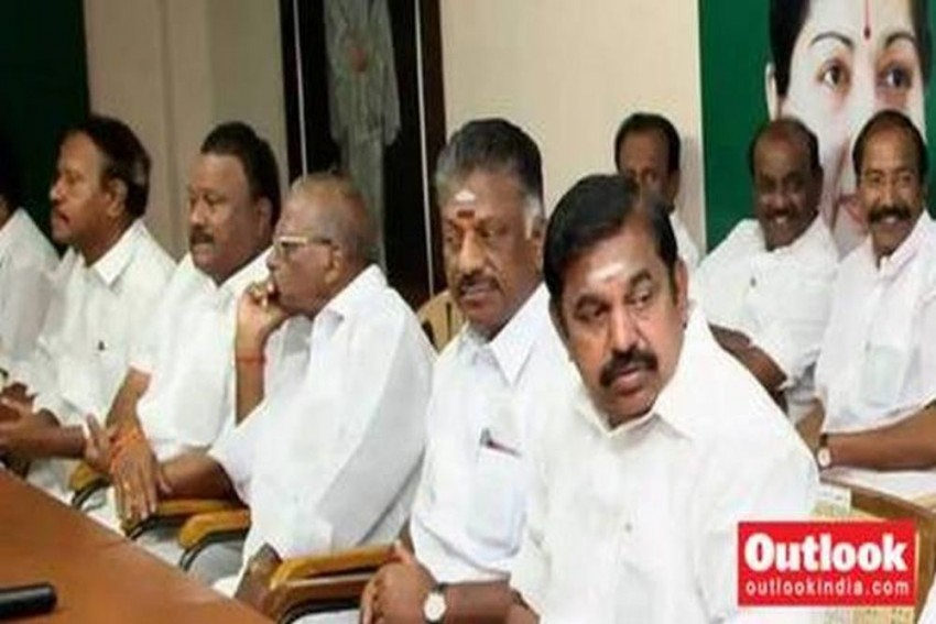18 Disqualified AIADMK MLAs Not To Appeal Against Madras High Court's Order