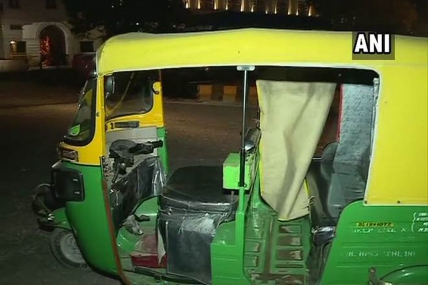 Delhi: Auto-rickshaw Driver Stabbed To Death Following Dispute Over Charging Extra Fare