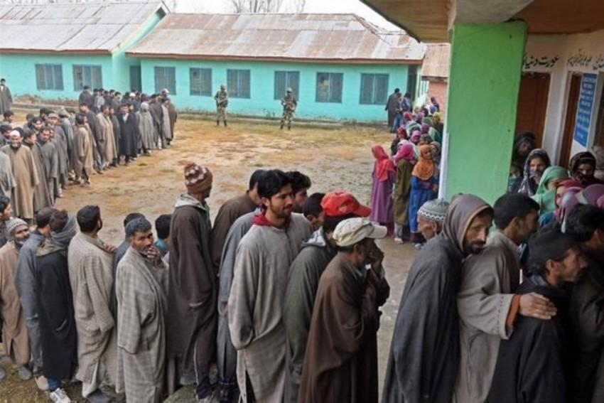 J&K Local Body Polls: Voting Underway, BJP Candidate Injured In Stone Pelting In Bandipora