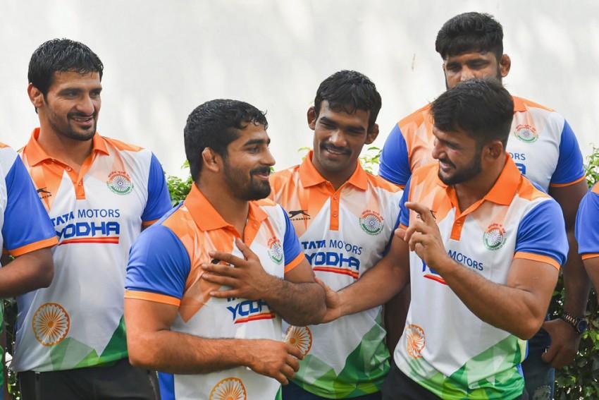 30-Member Indian Team Leaves For World Wrestling Championships